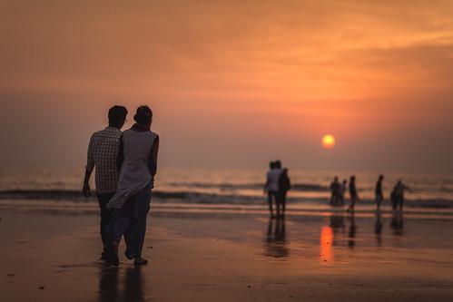 sunset india beach canon eos iii 5d mumbai juhu f12 mkiii juhubeach mk3 canon85mm12 canon5dmkiii