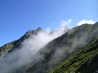 西穂高岳 西穂高口ルート 山頂遠景   by ichitakabridge