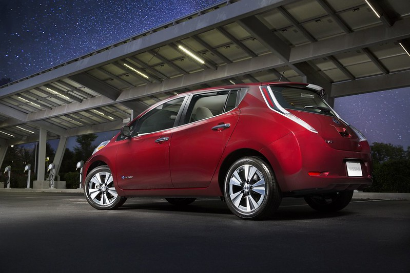 2016 Nissan LEAF now offers best-in-class 107-mile range