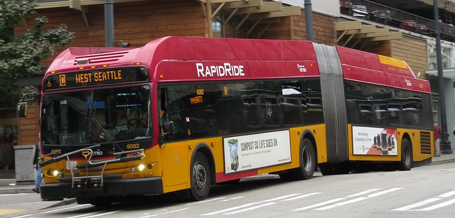 King County Metro RapidRide 2013 New Flyer DE60LFR 6082