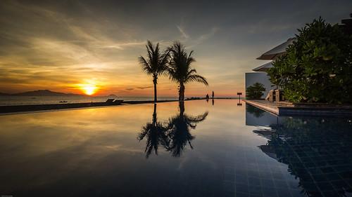tphộian quảngnam vietnam vn water reflection resort beach sunrise pool hoian