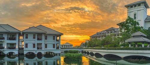 city sunset sky beautiful clouds wonderful skyscape asian photography view hanoi hdr hànội kháchsạn hoànghôn ngoàitrời canoneos5dmarkiii thủđô omzuiko3570mmf36 kháchsạnintercontinentalhànội hotelintercontinentalhanoi