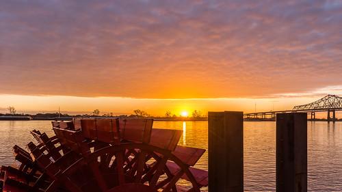 nola nawlins neworleans sunrise mississippi mississippiriver boat paddlewheeler bridge algiers