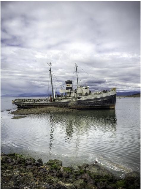 Shipwreck Ushuaia Harbor [Explored, 2017-02-07]