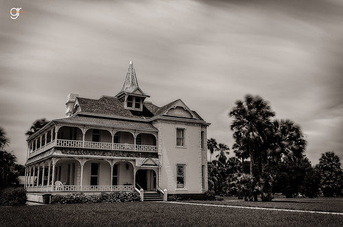 old city longexposure summer sky bw house building monochrome beautiful architecture clouds outdoors texas outdoor victorian plantation pal brownsville southtexas 1891 sabalpalmsanctuary