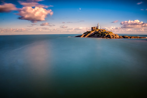 uk lighthouse swansea wales themumbles