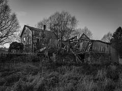 'Abandoned farm, and collapsed barn'