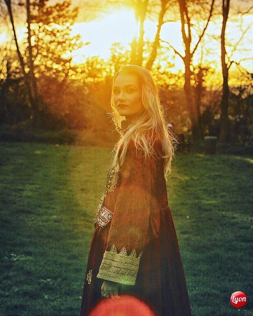 Looking towards Afghanistan for Inspiration. Laura modelling for Avizeh Jewellery @avizeh_jewellery Model: Laura Korte @laurakkorte MUA/Hair: @rosybeemua  & @sugarglambeauty Photo: James Alexander Lyon n @jamesalexanderlyon #fashionphotography #fashionpho