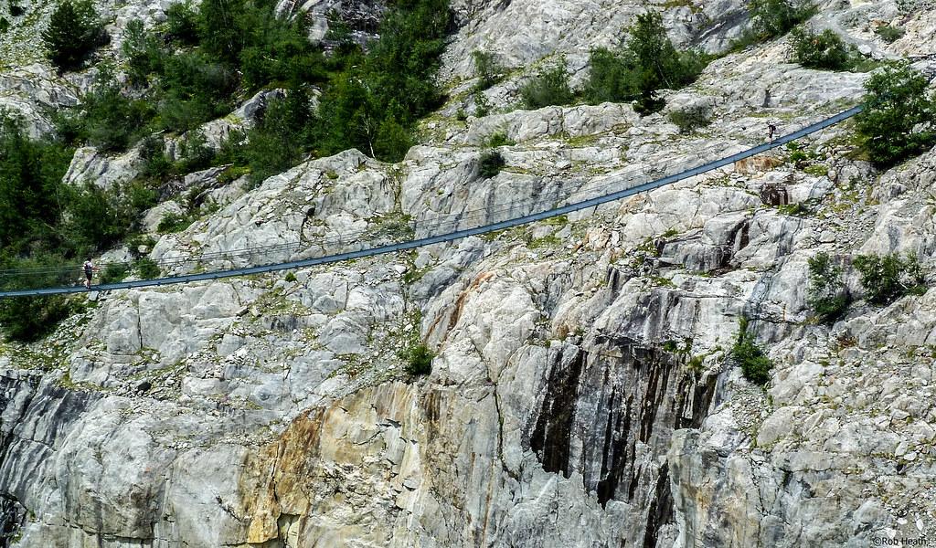 Meet me in the middle     | Aletschji-Grunsee Suspension Bri… | Flickr
