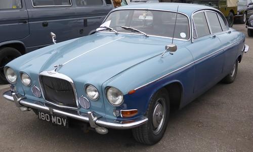 Jaguar Mk.X (1962)   Great Western Classic Car Show, Royal ...