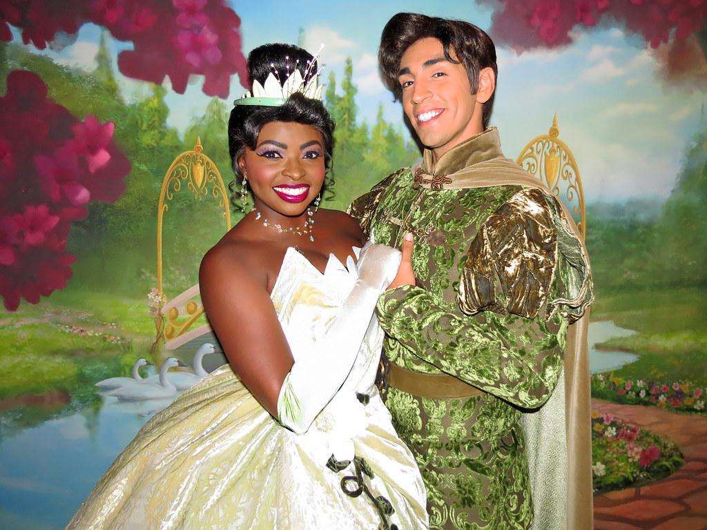 Princess Tiana And Prince Naveen Heritage House Magic Kin Flickr