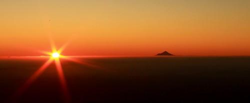 mount taranaki nz sunset atardecer volcán volcano