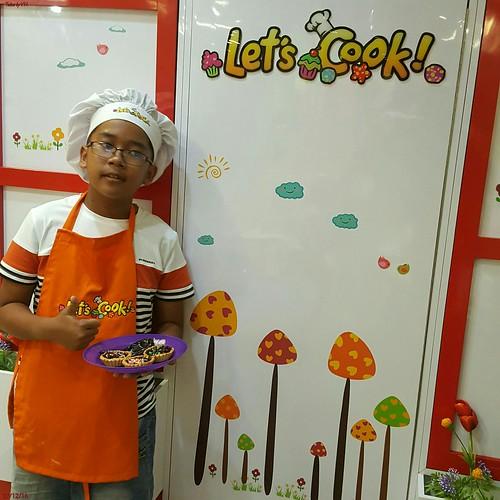 Lets cook   by yoseph handoko