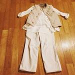 今日のコーディネート 150923 コットンスビンスピンクルテントTシャツ 白 デニムシャルロットパンツ 白 リップストップナイロンキルトベスト パールグレー #45R