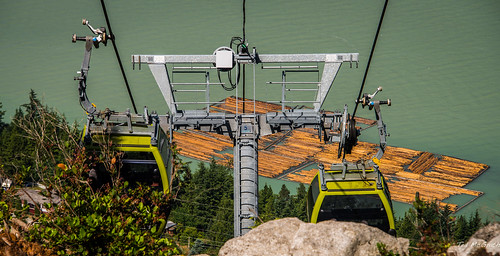 tower water bc lift cables howesound cropped vignetting seatosky logboom tedmcgrath tedsphotos seatoskygondola