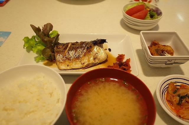 <p>サバの照り焼き定食</p>
