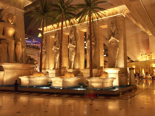 inside the luxor hotel/casino, las vegas | by tricky (rick harrison)