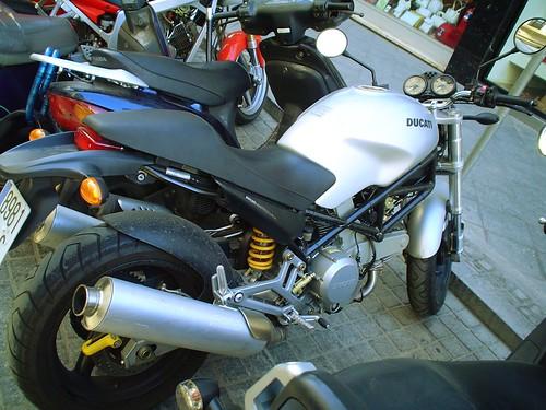 Ducati encontrada en la calle Rioja, Sevilla