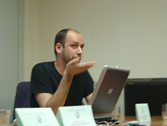 Peter Van Dyjck en el labotario