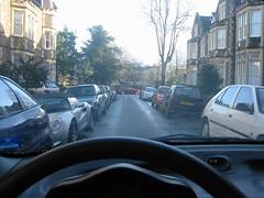 Típica calle británica de doble sentido