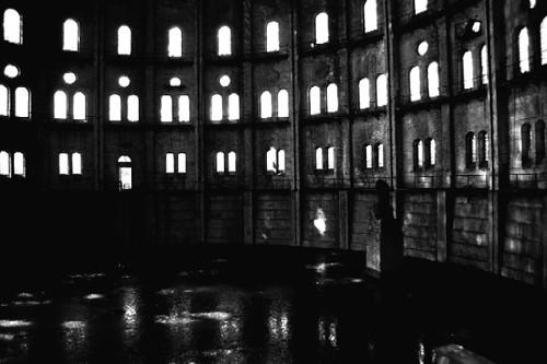 an empty room 5