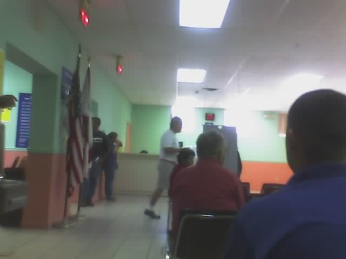 Esperando en miami DMV