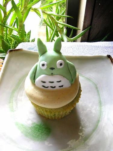 totoro cupcake 4