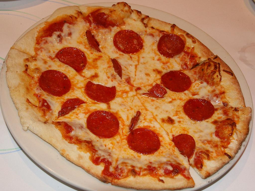 pepperoni pizza  simple but very good  watari goro 渡五郎