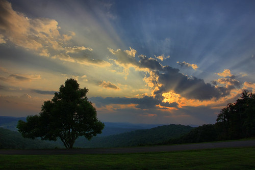 blue sunset sun tree clouds forest ridge parkway rays overlook saddle vigina