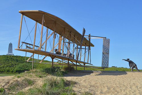 Statue of Wright 1903 Flyer at lift-off | by Hawkeye UK