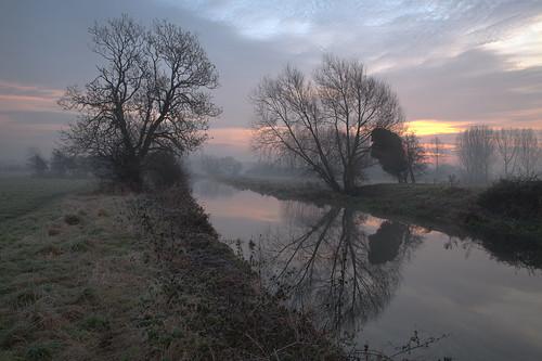 river fog cossington sunrise