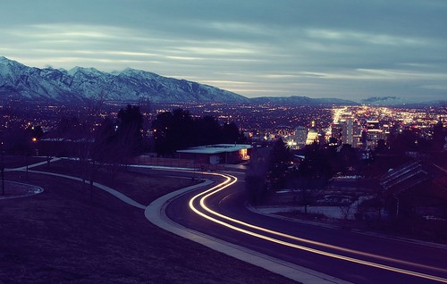 saltlakecity lightstream utah ensigndrive ensignpeak dawn sunrise