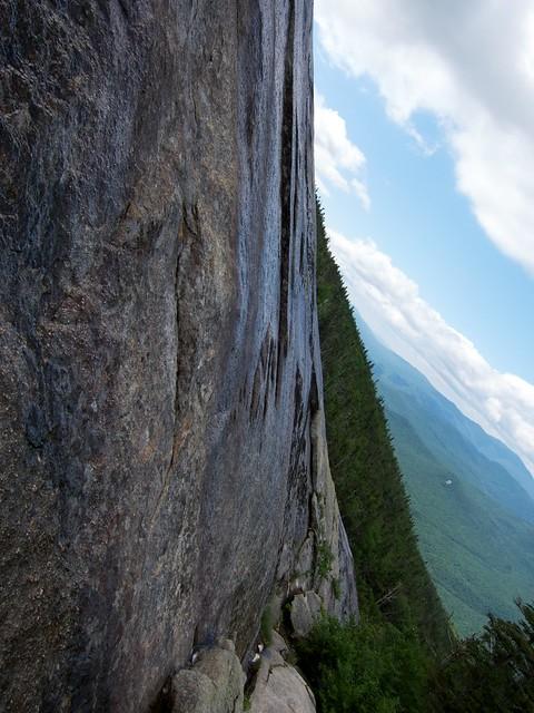 1:58:26 (33%): hiking newhampshire whitemountains franconianotch mtlafayette mtlincoln shiningrock franconiarange shiningrockspur