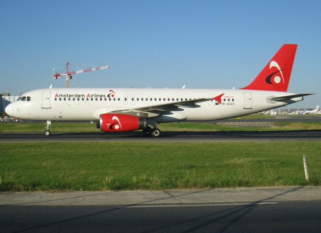 PH-AAX, A320-231, c/n 430, Amsterdam Airlines, CDG/LFPG, 07/2011