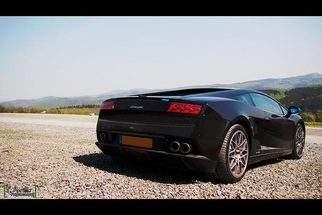 Lamborghini Gallardo LP 560-4 ... Brutal black monster !