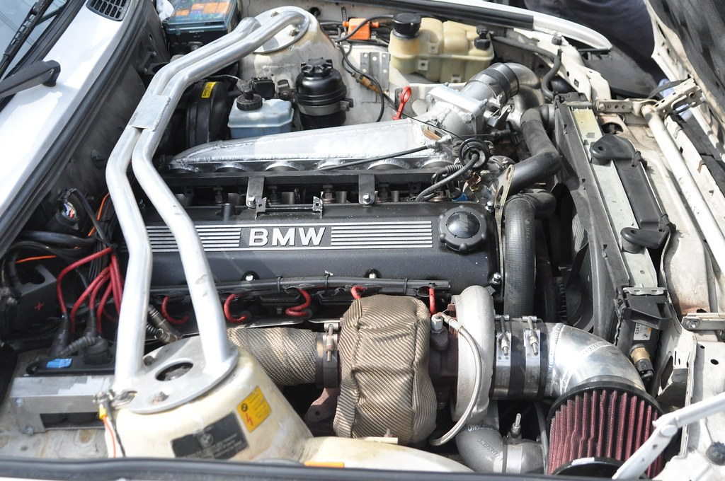 Engine Bay Of A Turbo Alpine White Bmw E30 325i Justin Behrends