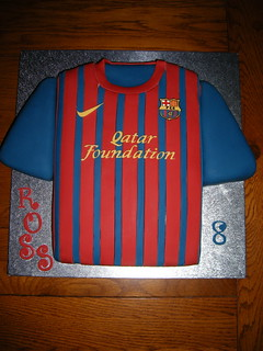 80bdded15 Barcelona football shirt cake