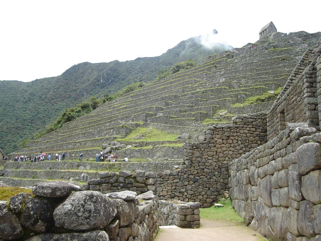 Los Andenes O Terrazas De Cultivo De Machu Picchu Se Aprec