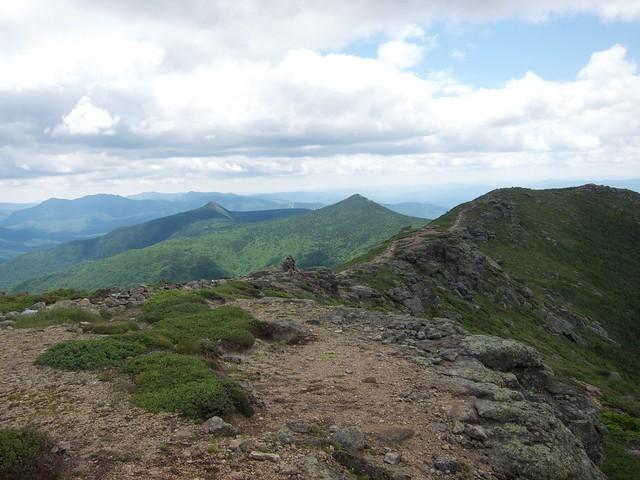 2:50:54 (48%): hiking newhampshire whitemountains franconianotch cairn mtlafayette franconiaridgetrail mtlincoln franconiarange