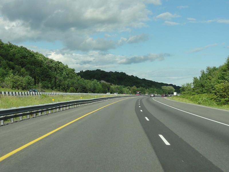 highway 401 eastbound