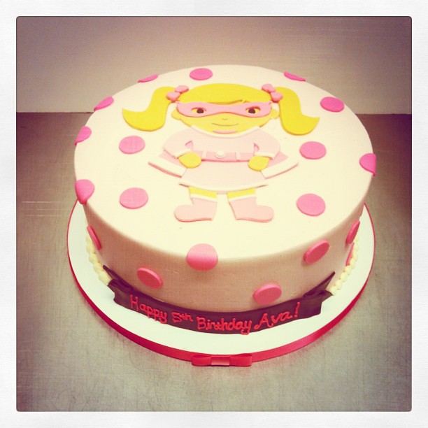 Phenomenal Supergirl Birthday Cake Polkadots Olga Flickr Funny Birthday Cards Online Elaedamsfinfo