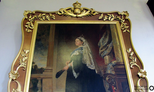 170/365 Queen Vic Portrait | by Hexagoneye Photography