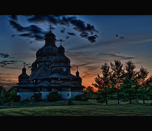 light sunset ontario canada church st nikon catholic low elias nik nikkor ukrainian brampton placeofworship 2470mmf28 colorefex d700 hdrefex