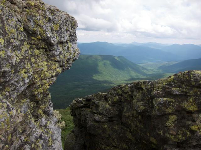 3:52:48 (65%): hiking newhampshire whitemountains franconianotch mtlafayette franconiaridgetrail mtlincoln franconiarange