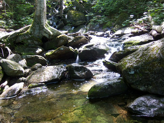 0:33:43 (16%): waterfall vermont hiking greenmountains mthunger waterburytrail mtwhiterock