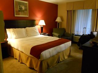 Hollywood Holiday Inn Express   by Bibi