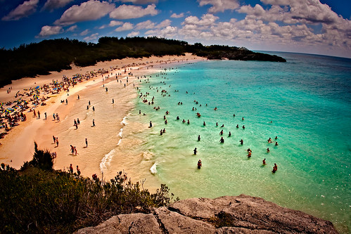 ocean clouds sand sandy atlantic bermuda atlanticocean pinksand horseshoebeach beachgoers sandybeaches colorphotoaward mygearandme