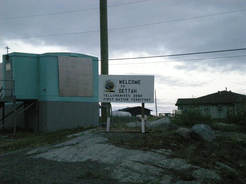 Dettah sign