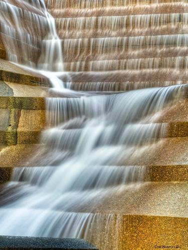 waterfall tx fortworth forthworthwatergardens stunningphotogpin