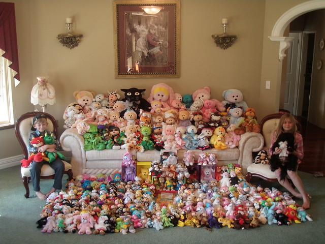 Kids beanie kid collection.